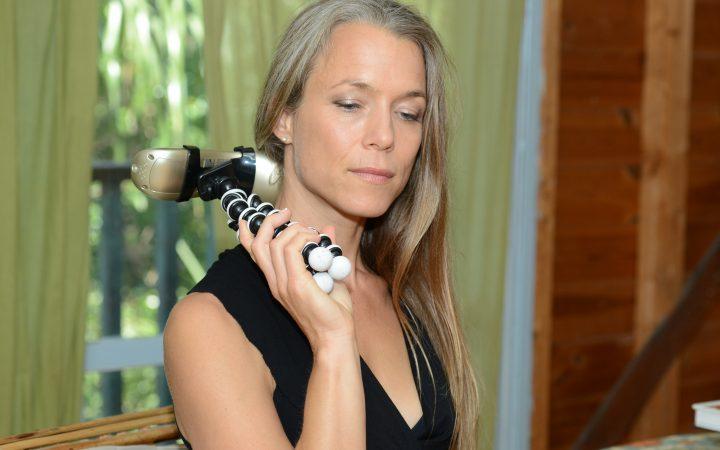 המכשיר מיועד לטפל במגוון רחב של תסמונות, כאבים ודלקות